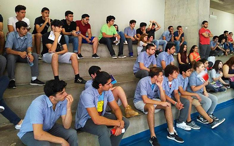 Les élèves de l'Institution Moderne du Liban durant la journée d'orientation organisée par le SIO de l'USJ